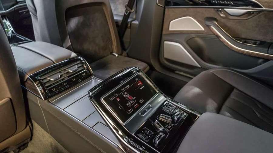 Audi-A8-interior