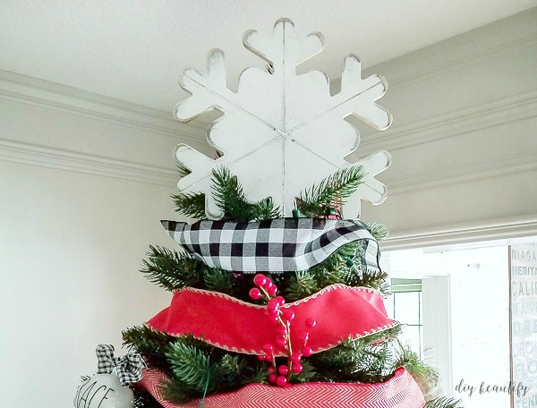 snowflake tree topper for 3 bucks