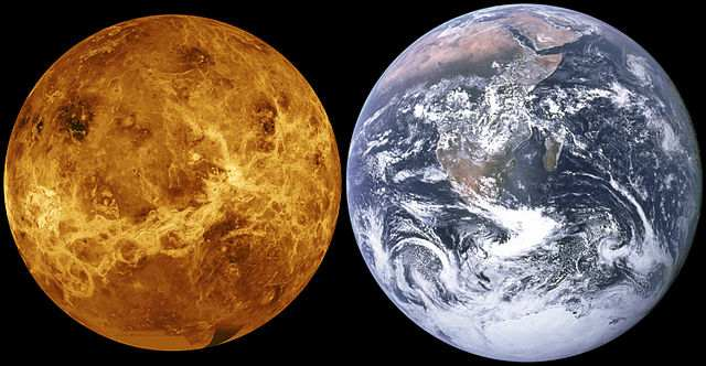 Earth,Venus size comparison
