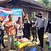 Babinsa Dampingi Koboy Dalam Salurkan Bantuan