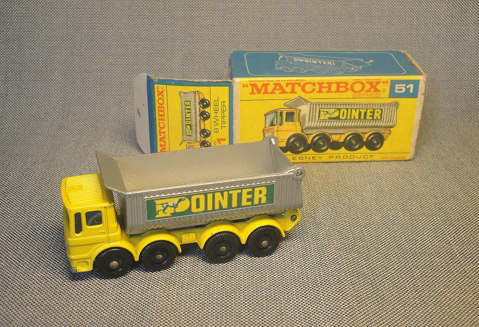 Archivo de autos: AEC volcador de Matchbox
