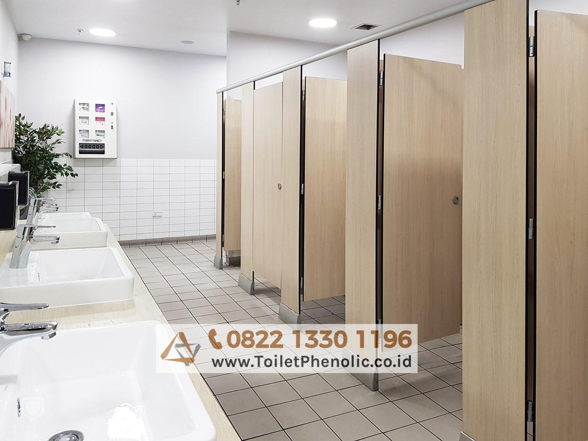 Toilet Cubicle Bojonegoro (Partisi Kamar Mandi Phenolic) Murah