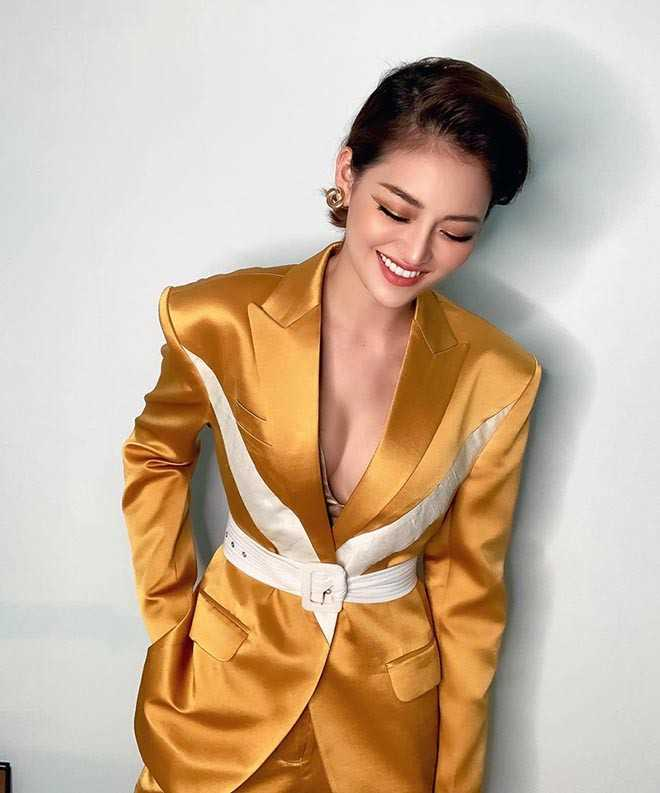 """Nữ diễn viên Việt đóng """"cảnh nóng"""" năm 18 tuổi giờ ra sao?"""