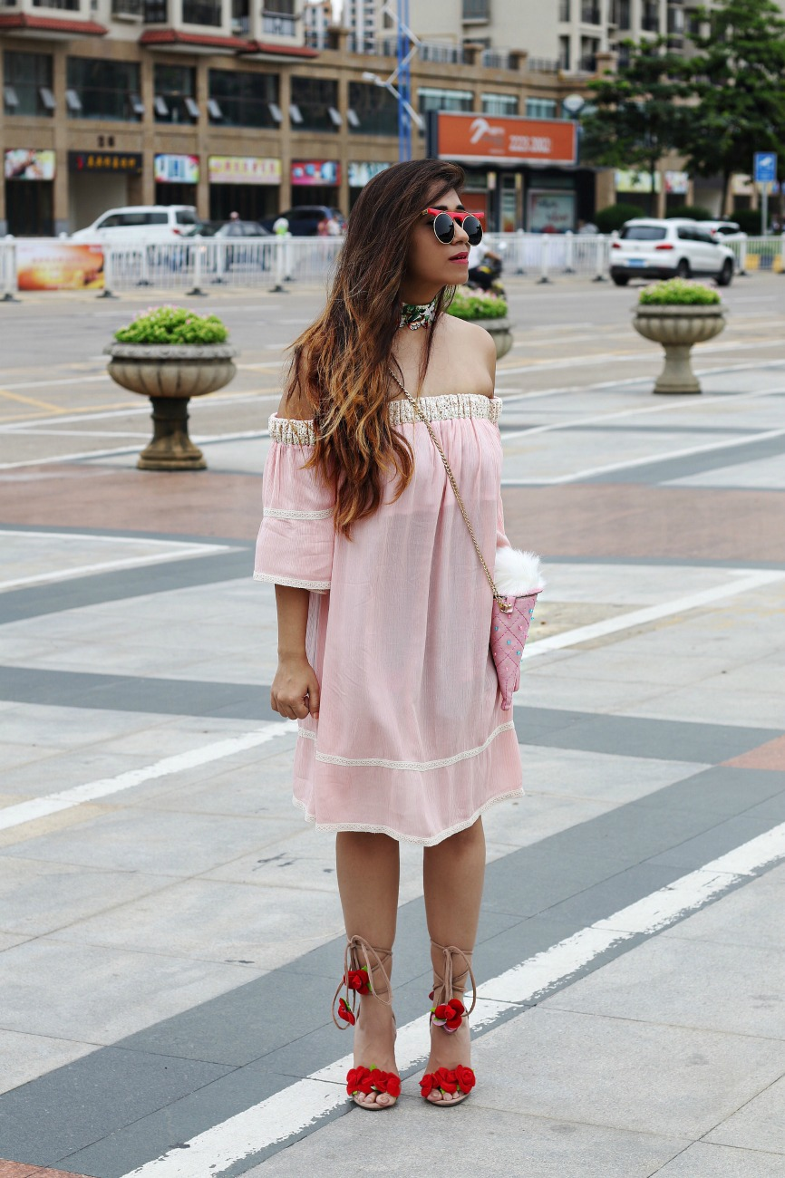 travel dressing inspiration, Real Girl Travel Outfit Ideas