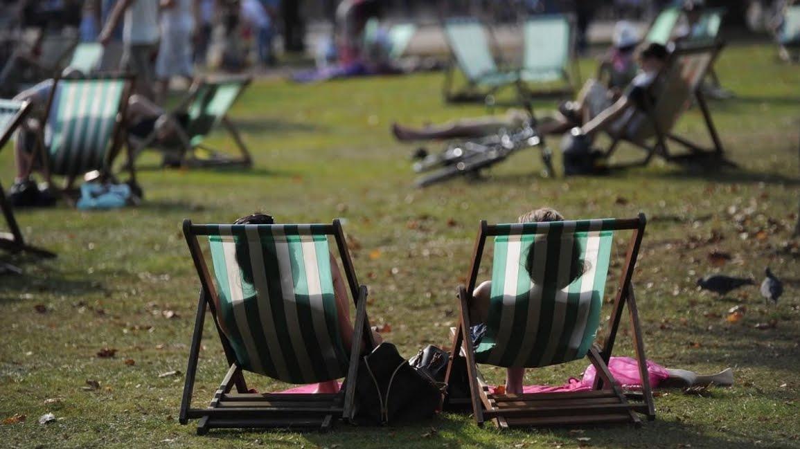 Europa vive un clima inusuale, infranto record di caldo in Gran Bretagna.