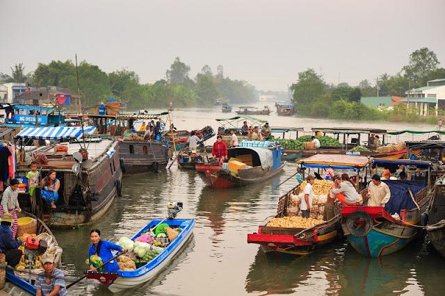 Markets in Vietnam 2