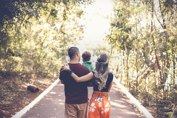 Filipino Parenting Traits Modern Parents Should Try to Avoid