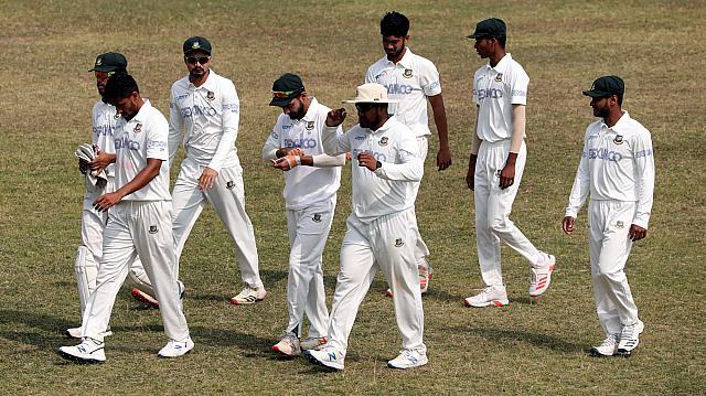 ওয়েস্ট ইন্ডিজের টেস্ট খেলাটি ড্রয়ের মধ্য দিয়ে শেষ হয়েছে