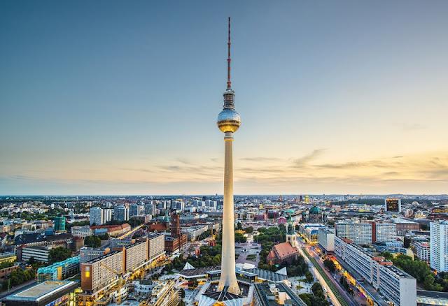 Torre de televisão em Berlim