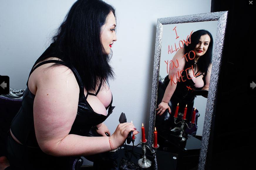 https://pvt.sexy/models/dghs-delilah-the-queen/?click_hash=85d139ede911451.25793884&type=member