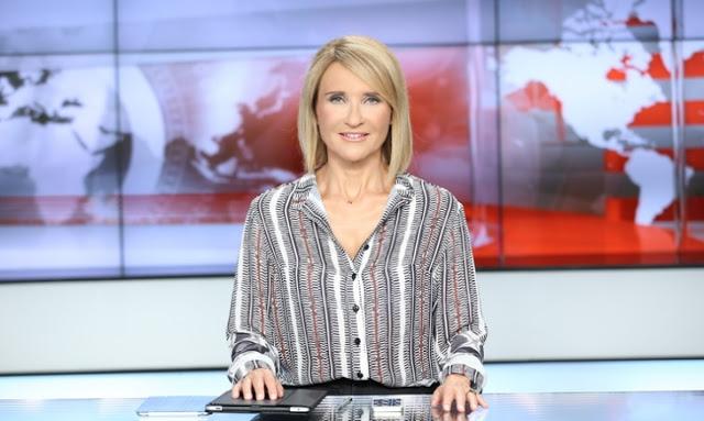 Σαρώνει το STAR στο κεντρικό δελτίο ειδήσεων - πυρ και μανία οι ελληνόφωνοι μπολσεβίκοι!