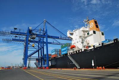 Dịch vụ chuyển hàng hóa đường biển nội địa