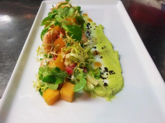shrimp, avocado, persimmon, pomegranate, salad, eating fabulously, chef,