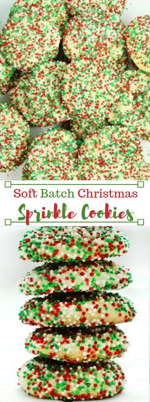 SOFT BATCH CHRISTMAS SPRINKLE COOKIES #cookies #desserts #cakes #pumpkin #christmas