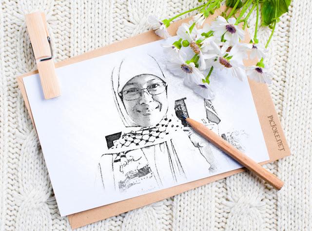 Blog About Sri Widiyastuti's Family and Her Activities