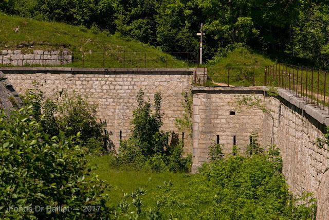 Fort du Larmont inférieur — Coffre de contrescarpe