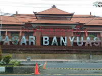 Melaspas Pasar Banyuasri Buleleng Bali