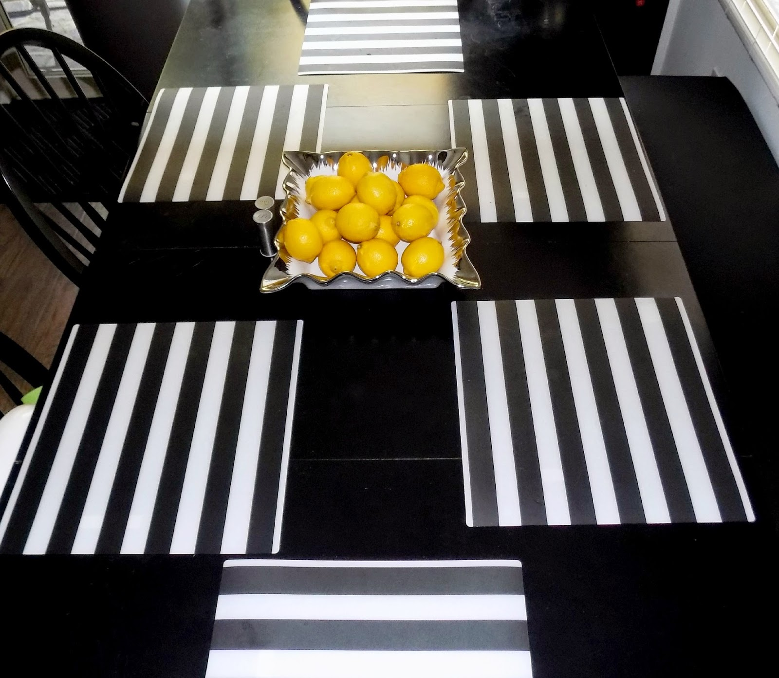 Look What Yoly Did Ikea Hack Dining Booth