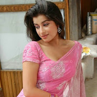 Madhurima photos in saree
