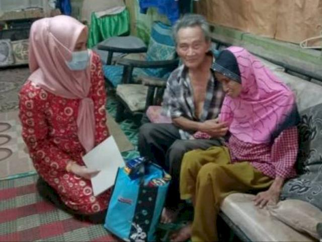 Sedih, Kisah Pasangan Lansia yang Cuma Makan Sehari Sekali Akibat Tak Ada Penghasilan Lain
