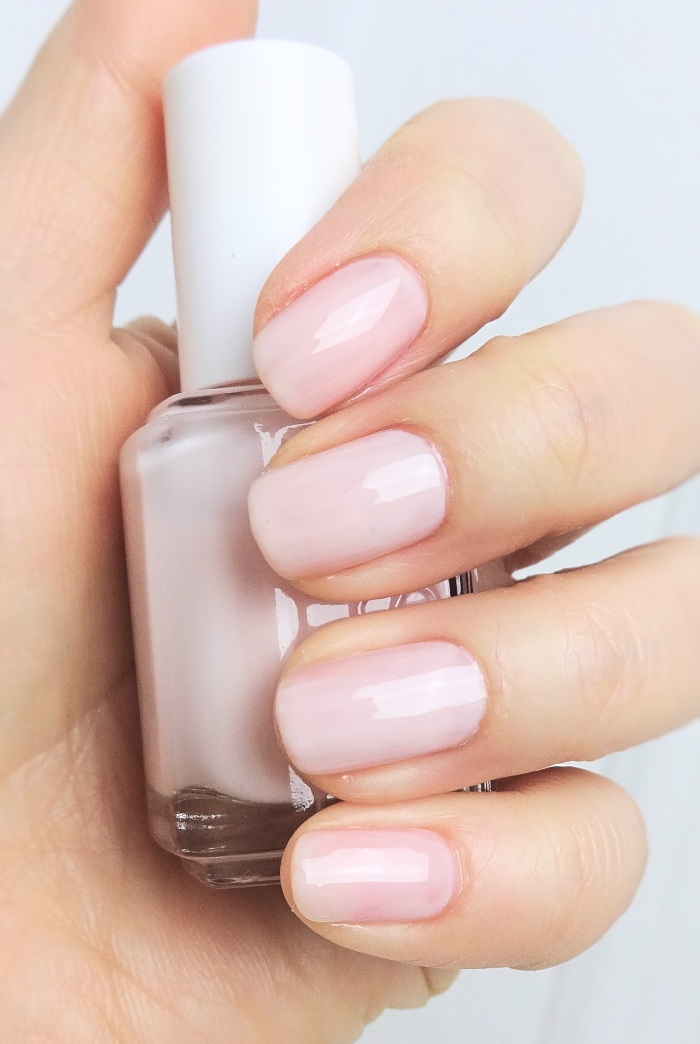 Two makes it better - Essie Ballet Slippers & Mademoiselle | Lenallure