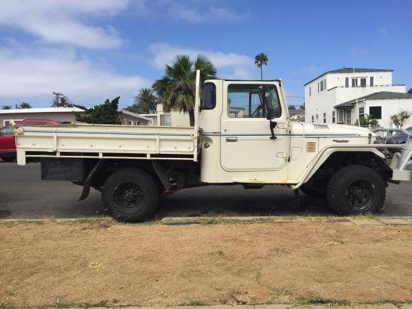 1984 Toyota Land Cruiser HJ47 One Ton Pickup Truck
