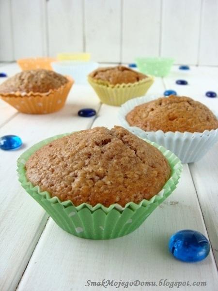 Cynamonowe muffinki z jabłkami