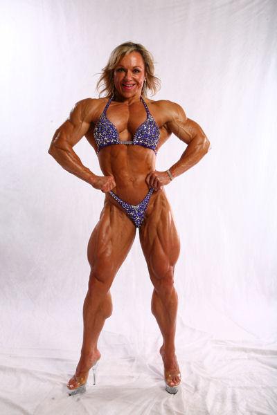 Muscular female bodybuilder lisa cross topless video - 1 10