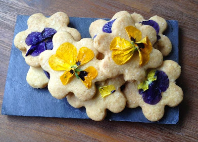 Pansy shortbread cookies
