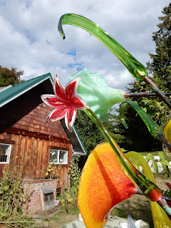 Colorful glass flowers at Island Art Glass