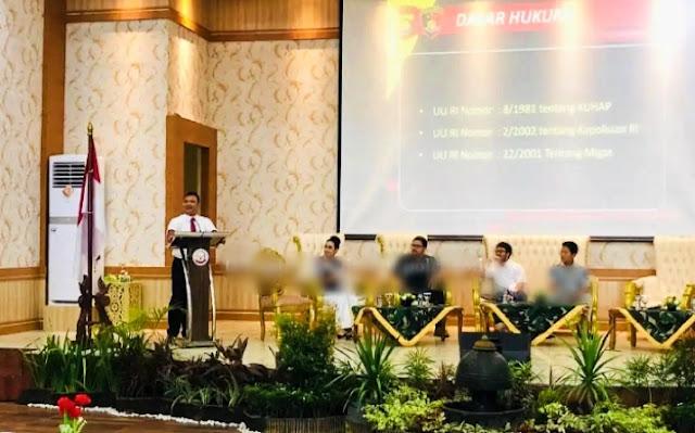 Dirreskrimsus Polda Jambi Paparkan Mekanisme Penanganan Ilegal Driling Di Provinsi Jambi, Pada Acara Seminar Yustisi