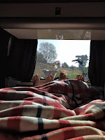 camper wakker worden vanlife lekker slapen