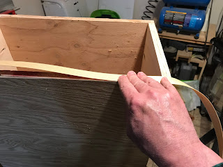 Placing the veneer tape