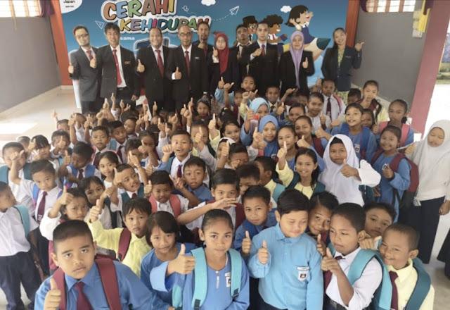 Sumbangan Kembali-Ke-Sekolah TOP Kepada 674 Pelajar Orang Asli Mencatat Rekod Tiga Kali Ganda Sasaran Dana