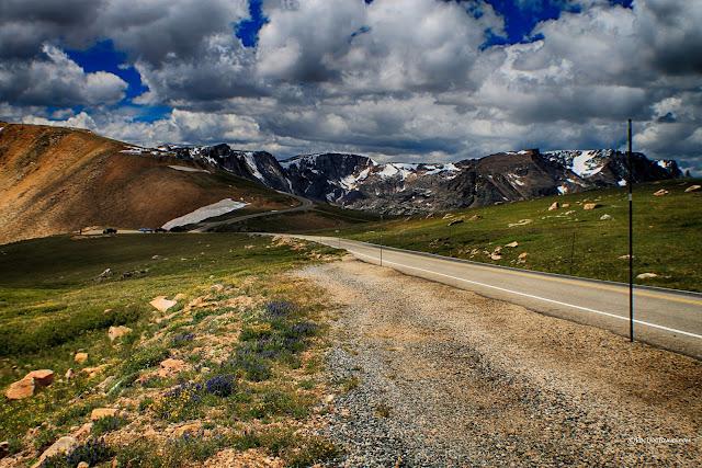 Beartooth Highway Wyoming Montana geology travel trip fieldtrip guide mountains copyright RocDocTravel.com