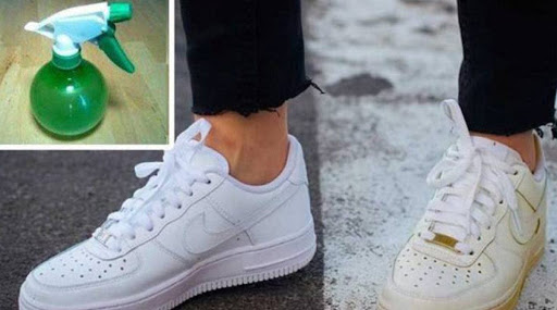 Bleach Yellowed Shoes With Baking Soda