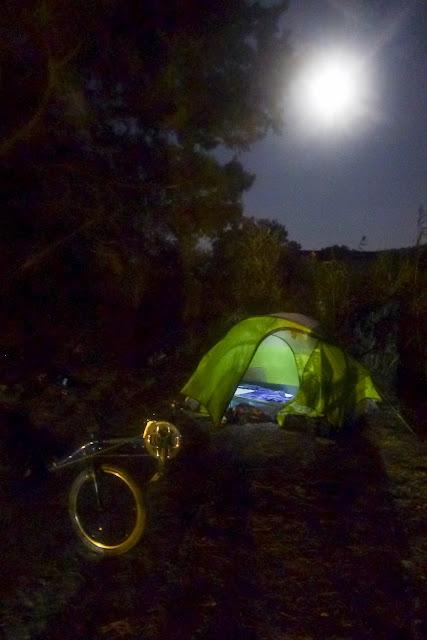 De Paris à Narbonne en vélo, Clair de lune