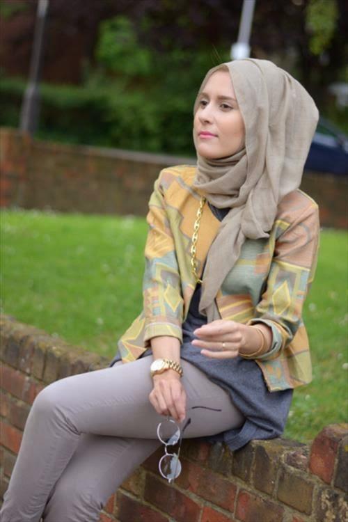 Hijab Fashion - Hijab Styles   Clothes Trends 2014