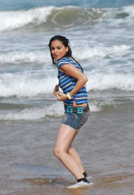 Surabhi latest hot images