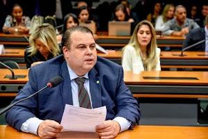 Comissão do Esporte aprova parecer de Julio Cesar Ribeiro que garante recursos ao esporte feminino brasileiro