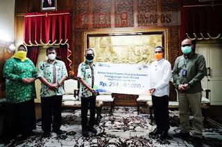 Bantuan CSR 250 Juta untuk penunjang Sarpras penanganan Covid- 19 di RSUD RAA Soewondo Pati
