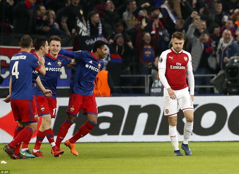 CSKA-Moscow-2-2-Arsenal-suyt-giong-Barca-4