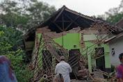 [FOTO] Dampak Kerusakan Gempa Malang
