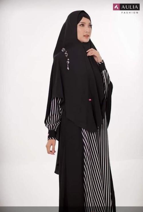 Medina black stripe