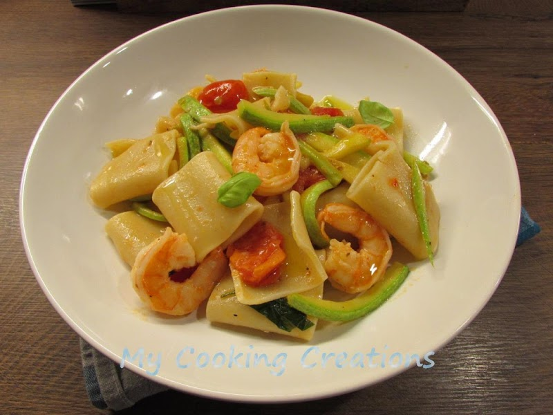 Пакери със скариди и тиквички * Paccheri ai gamberi e zucchine