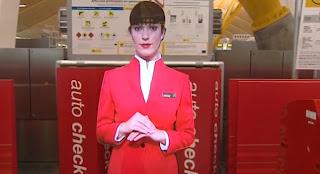 Azafata virtual del aeropuerto de Barajas en Madrid.