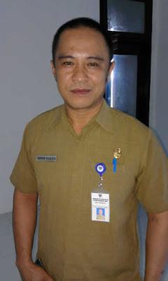 Sekertaris Diknas Boltim, Rahman Hulalata.