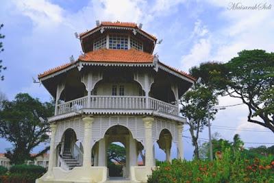 Menara Pavilion Segi Empat