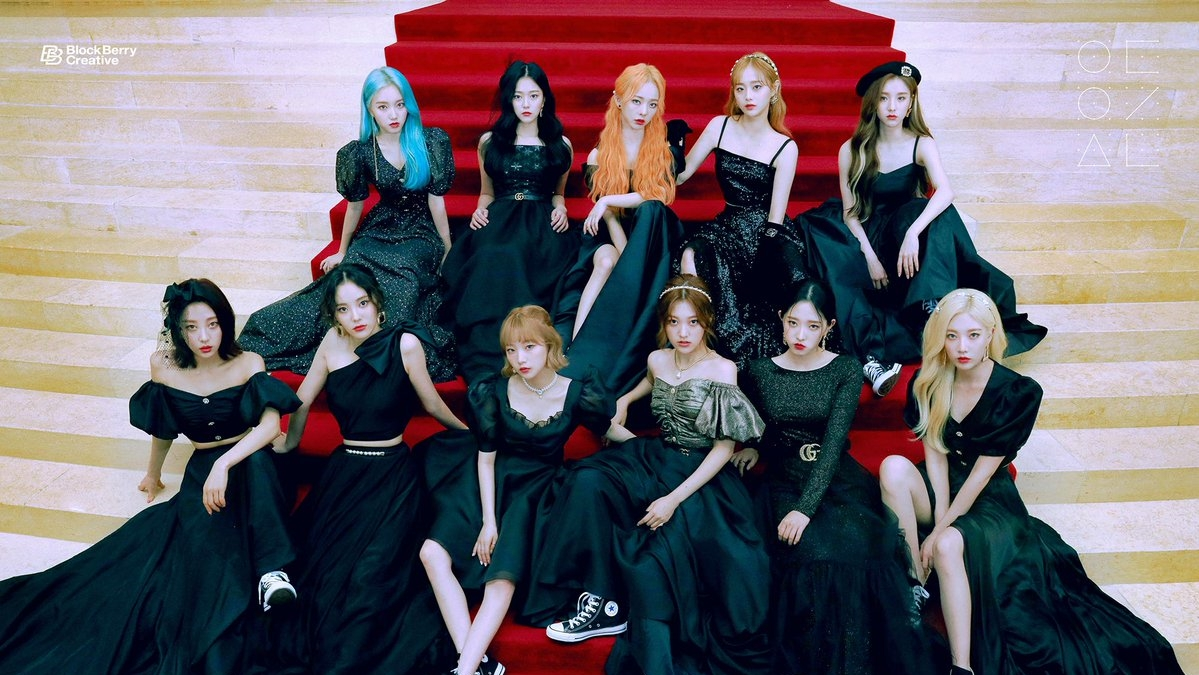 LOONA Opens Pre-order for Mini Album '12: 00′ by Releasing a New Concept Photo