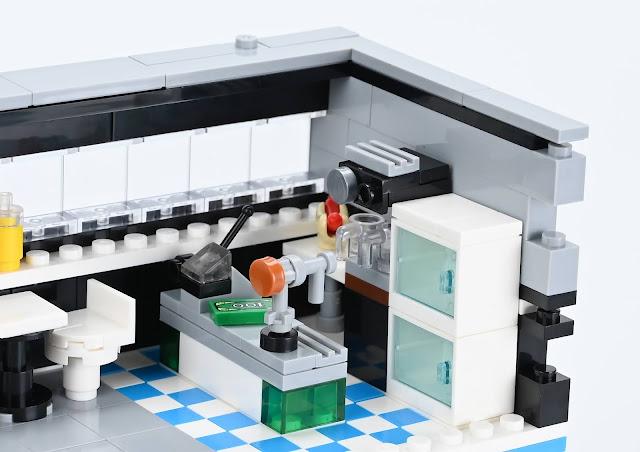 Nifeliz ocean museum compatible with lego